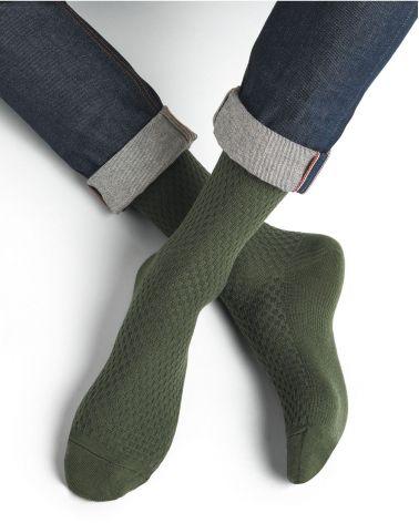Patterned wool gift box