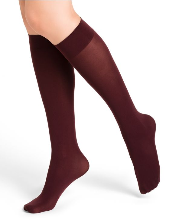 Velvet touch opaque 50D knee highs