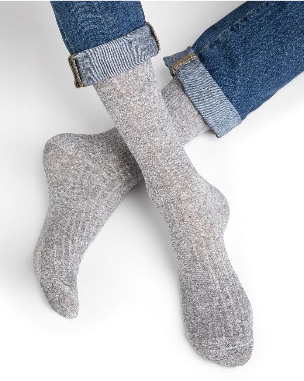 Linen and cotton socks