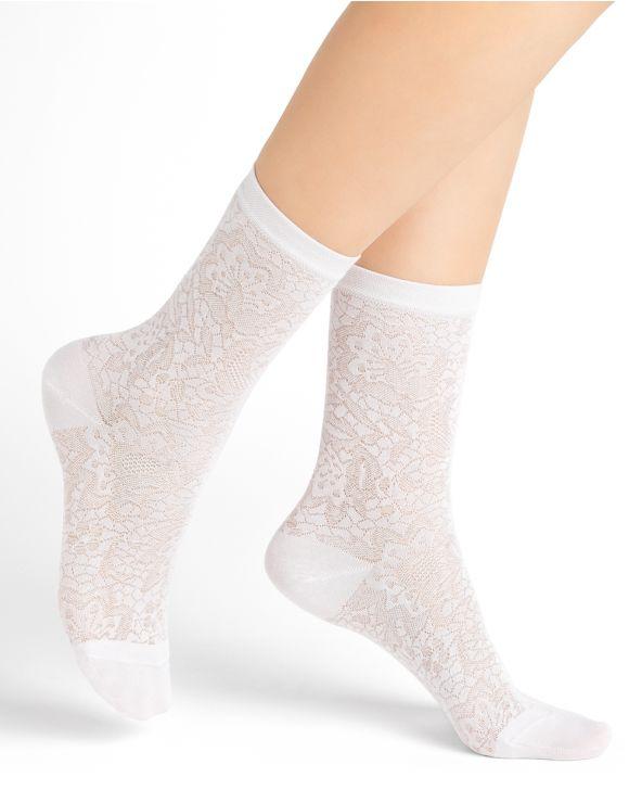 Flowery lace silk socks