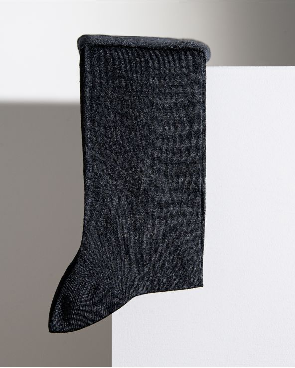 Plain silk socks